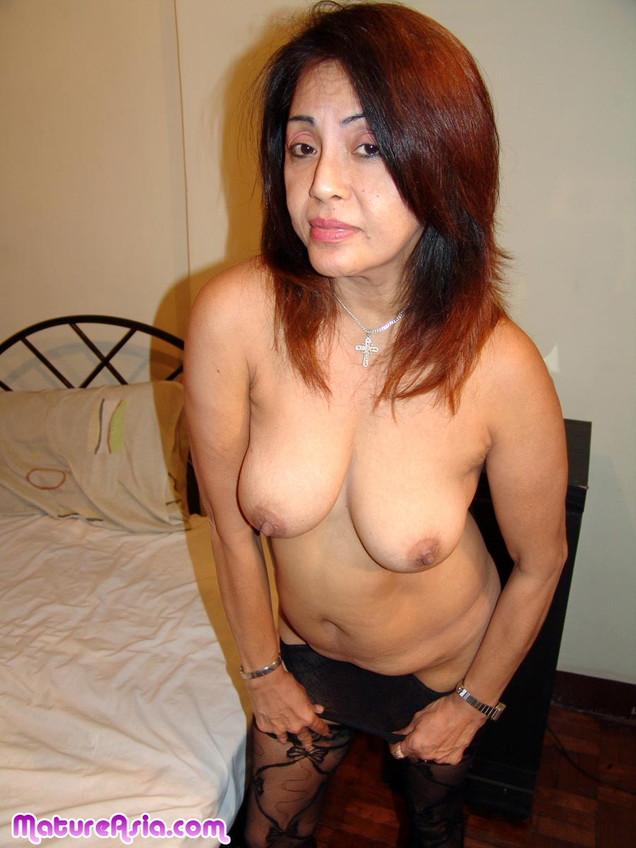 Amateur mature asian hottie