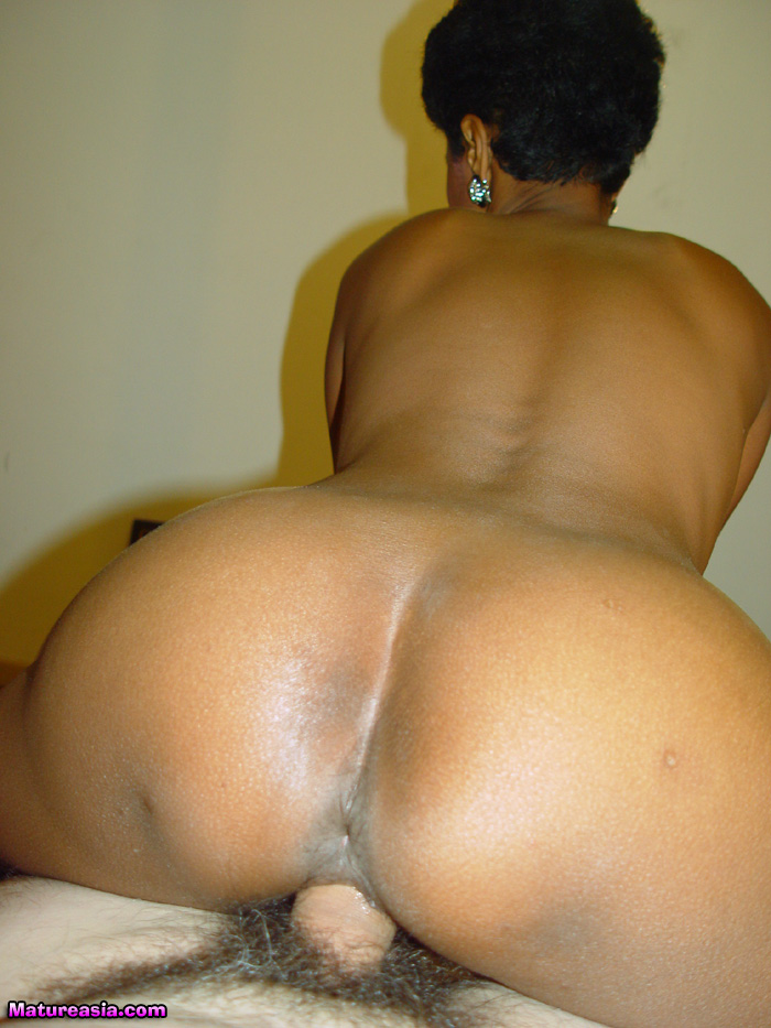 Black milf riding a white boy