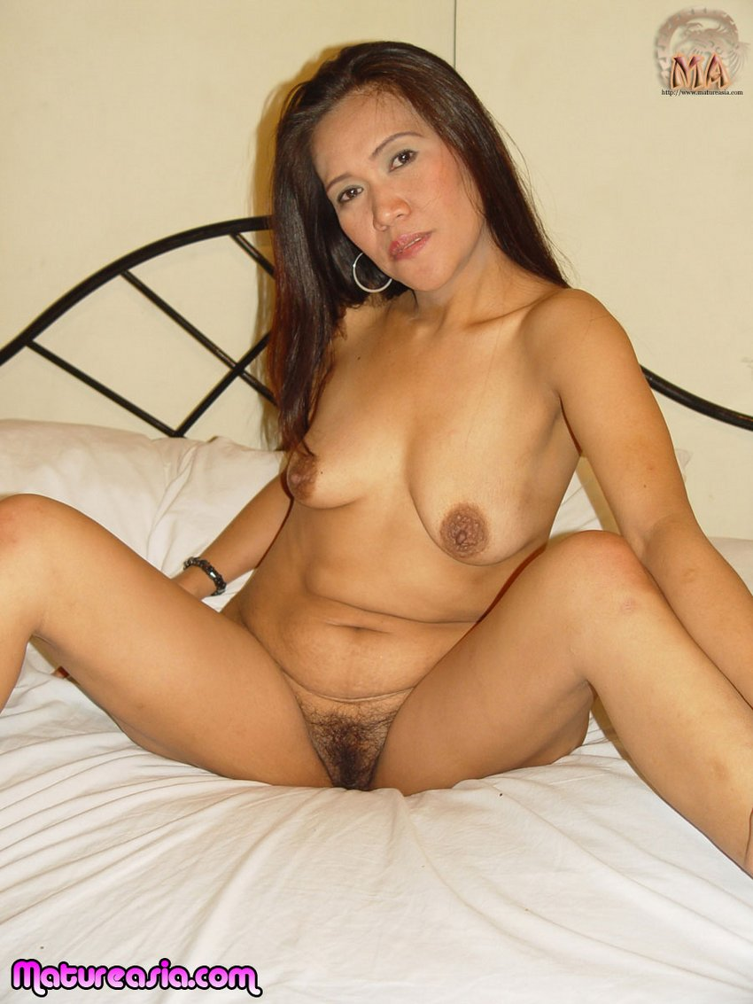 Mature asian mastubating