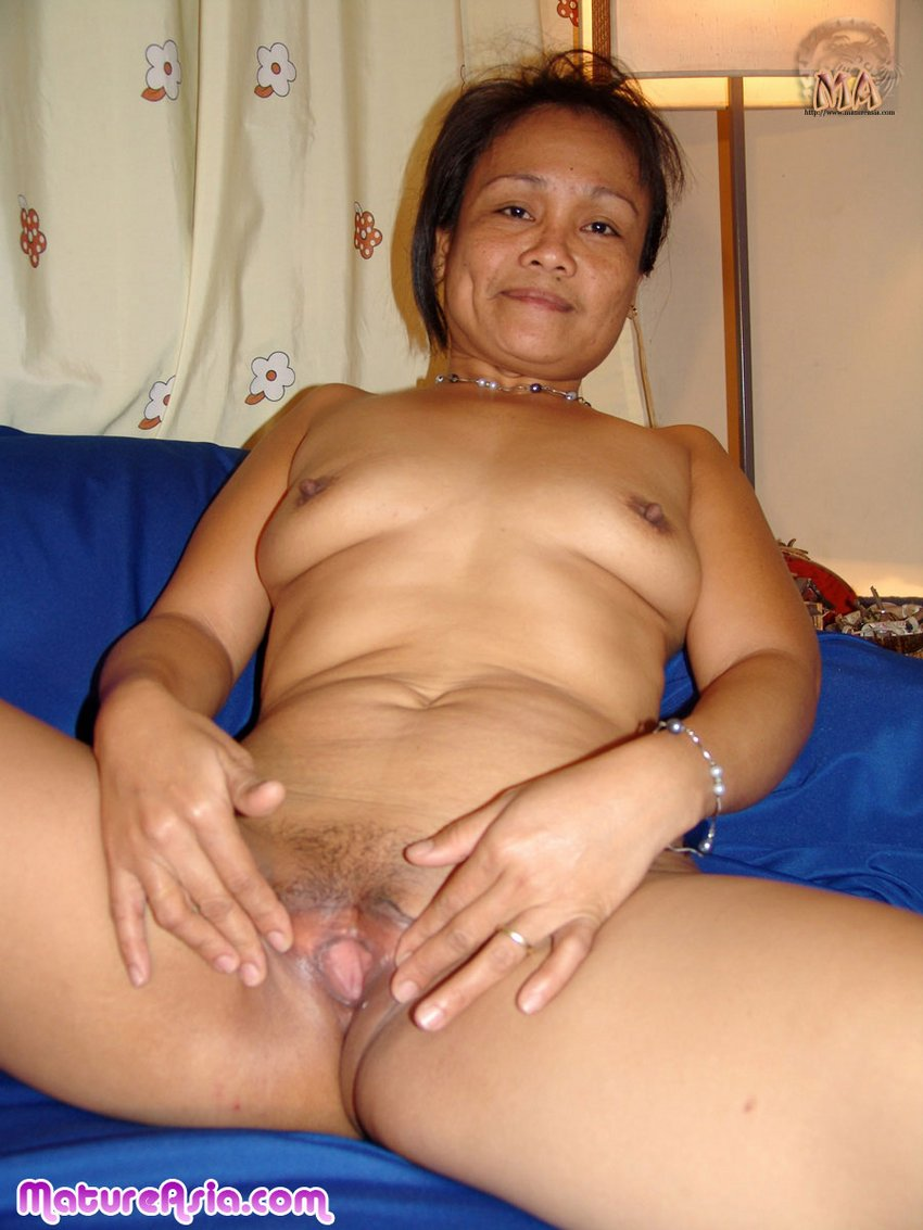 Mature phillipine cock