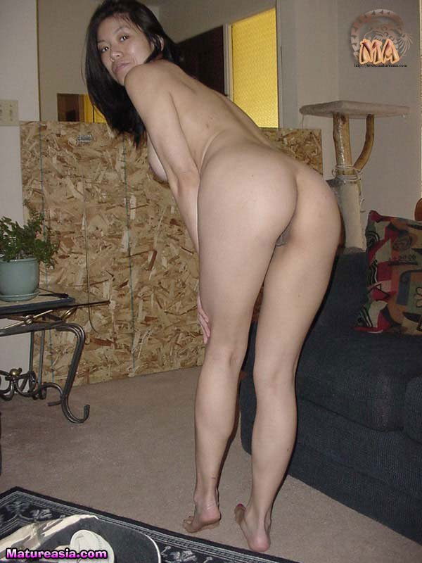 nude Mature asian moms