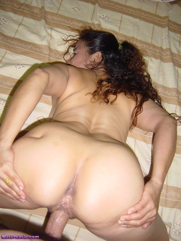 wife looking for offline gangbang