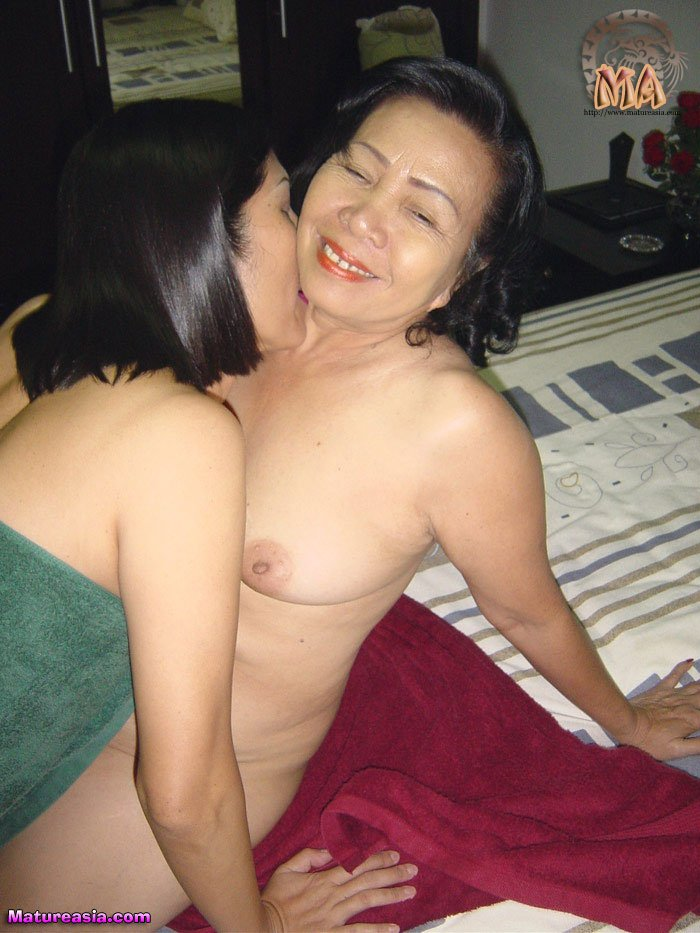 Asian Lesbian Threesome Kiss