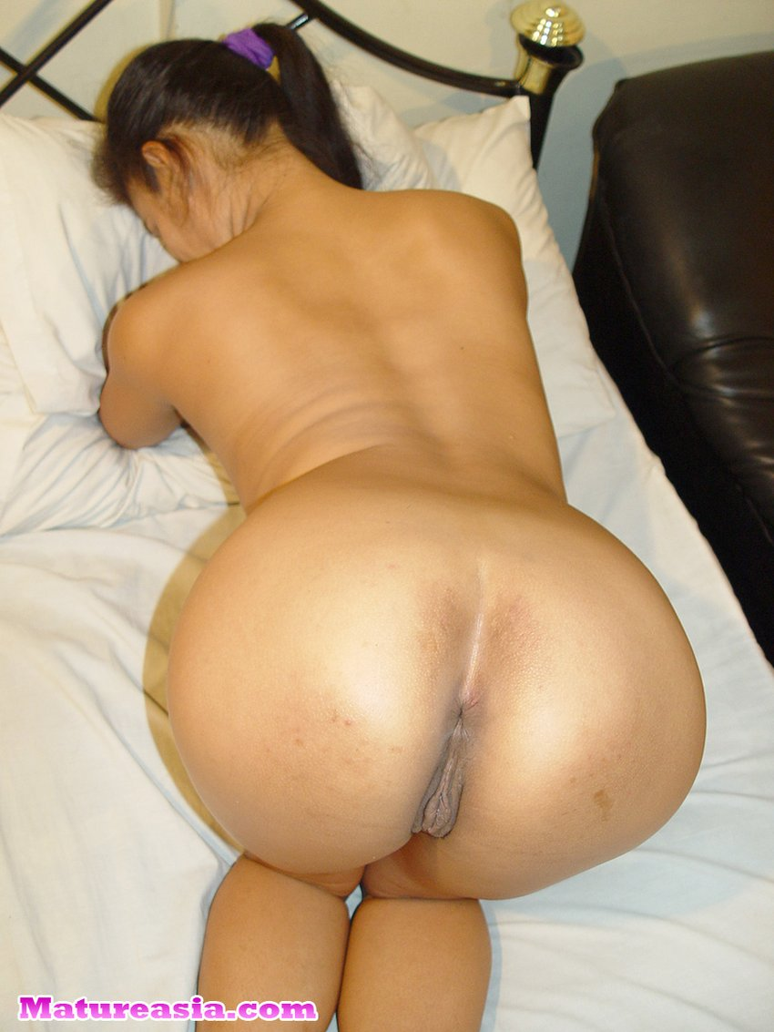 Asian milf with tight ass