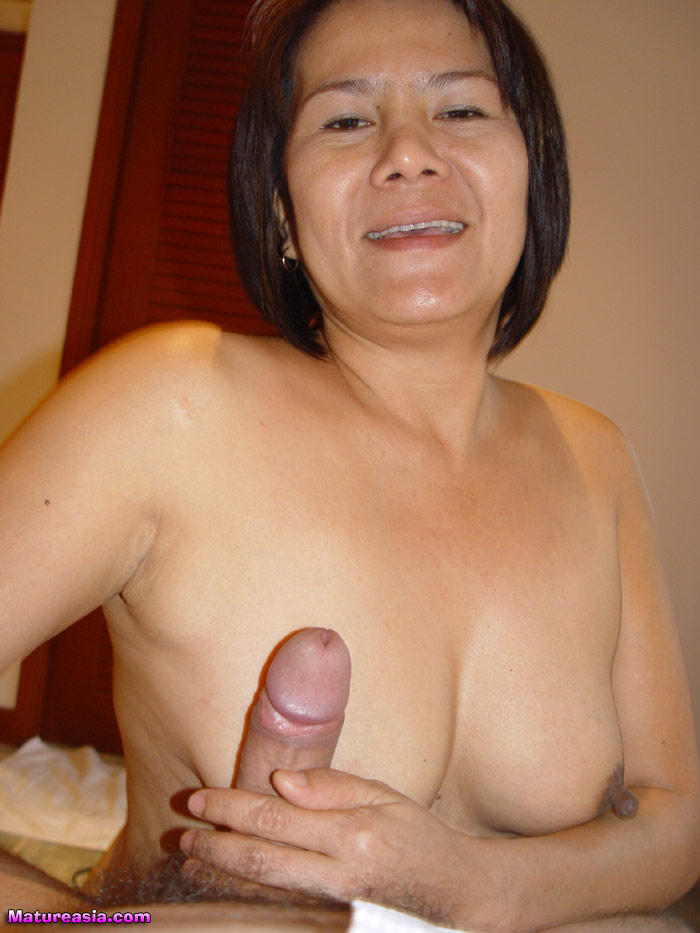 Mature asian women nude
