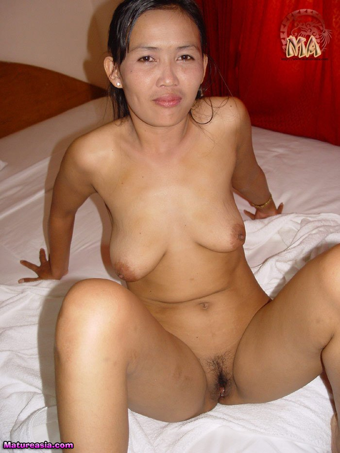 nudist Mom asian