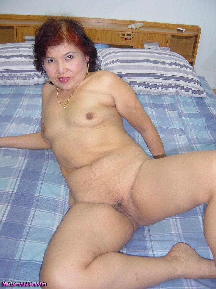 Older Asian Nude 109